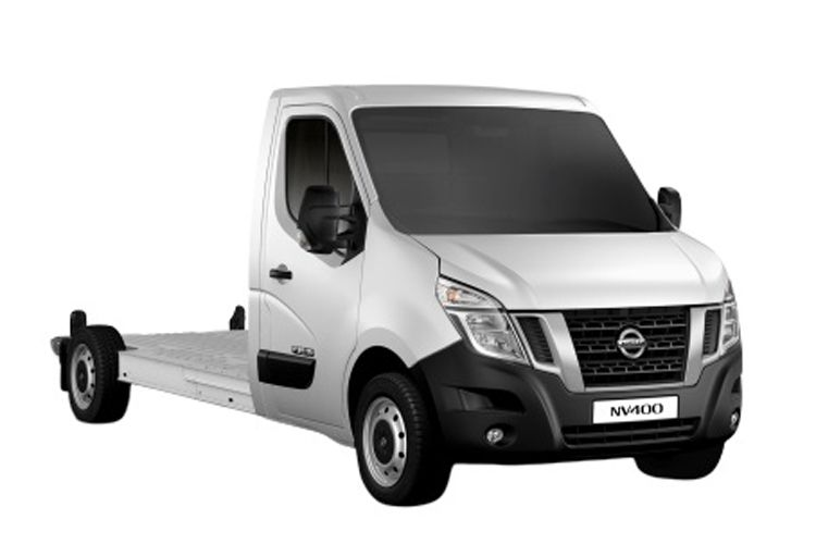 Nissan NV400 L2 35 FWD 2.3 dCi FWD 135PS Tekna Chassis Cab Manual front view