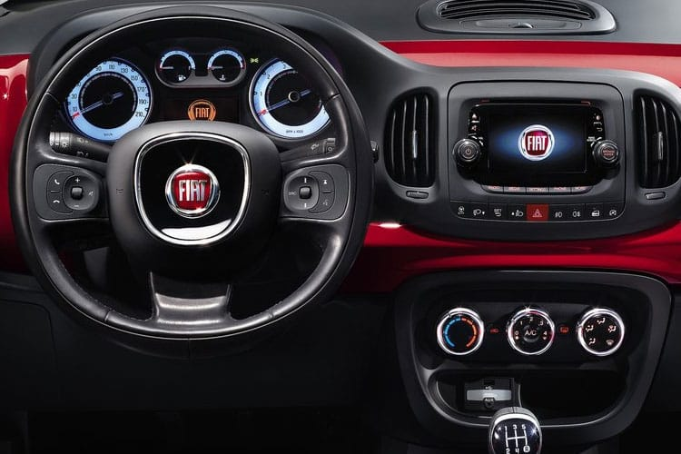Fiat 500L Hatch 5Dr 1.4  95PS Cross 5Dr Manual [Start Stop] inside view